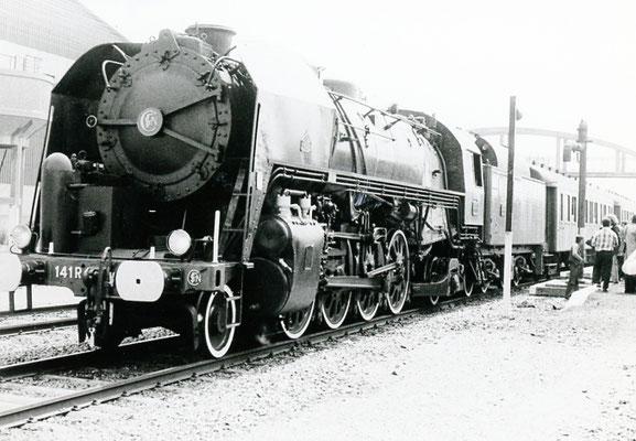 Paray-le-Monial-001. Locomotive 141 R 1187. Date et auteur du cliché inconnus
