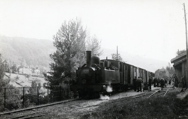 Tarn-073 : Lacaze. 27 juin 1953. Locomotive 130T n°11. Cliché Jacques Bazin