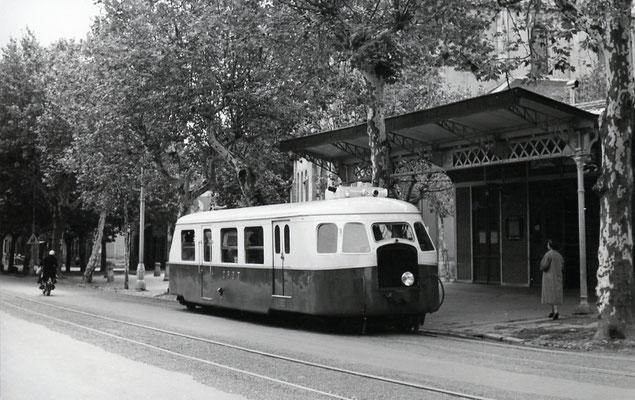 Tarn-043 : Castres-Albinque. 2 septembre 1956. Autorail Billard A80D. Cliché Jacques Bazin