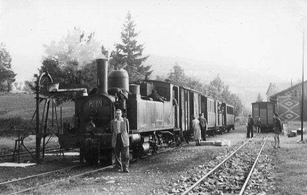 Tarn-092 : Lacaune-les-Bains. 27 juin 1953. Locomotive 130T n°11. Cliché Georges Webert