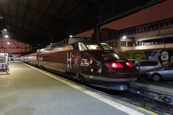 """Paris-Austerlitz-30 novembre 2012. Rame TGV-SUd-Est Expo """"Les secrets du chocolat"""". Cliché Pierre Bazin"""