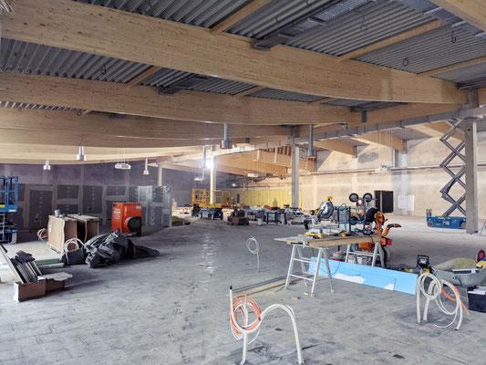 Große Verkaufsfläche Combi Markt