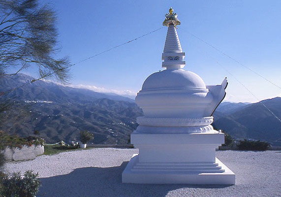 STUPA IN ANDALUSIEN