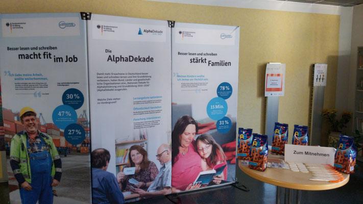 Ausstellung in der Volkshochschule Neuwied