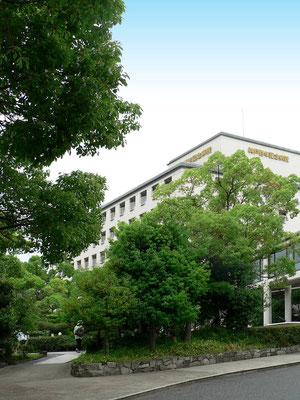 病院の緑地