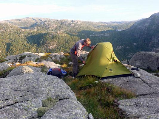 Zelten kurz vor dem Prekestolen