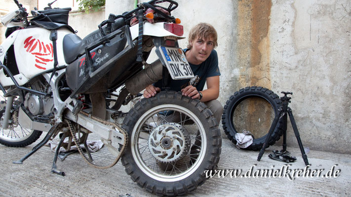 Reifenwechsel in Gorgan