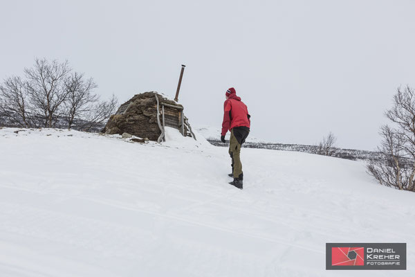 Traditionelle Hütten vor Abiskojaure