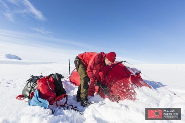 Freischaufeln vom Schnee
