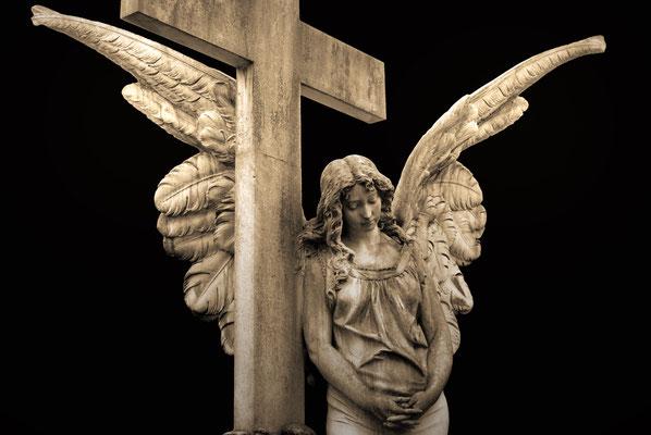 """""""Das Kreuz und der Engel"""" / erhältlich im Shop"""
