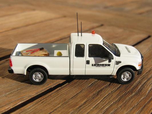 """Ford F250 Truck von Riverpointstation """"Liebherr"""""""