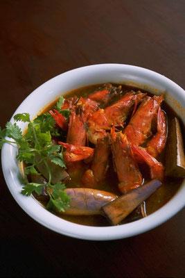 Udang Masak Assam Gulai(プラナカン料理)