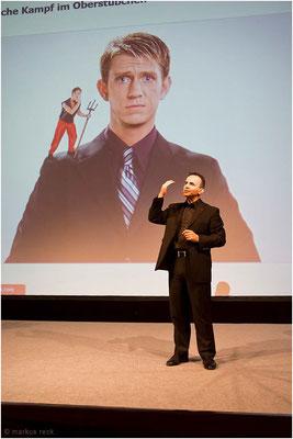Zukunftsforscher Pero Mícíc beim ersten HUMAN RISING in Berlin