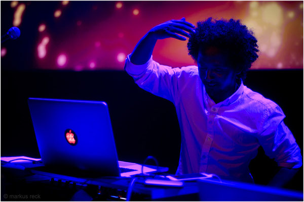 DJ AKREM