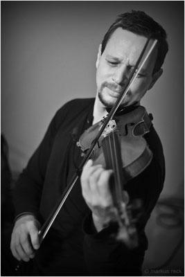 Violin-Virtuose OM PRAKASH live beim Tanzfest Nürnberg