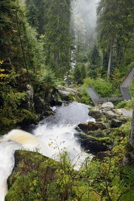Triberger Wasserfall, Blick ins Tal Richtung Triberg