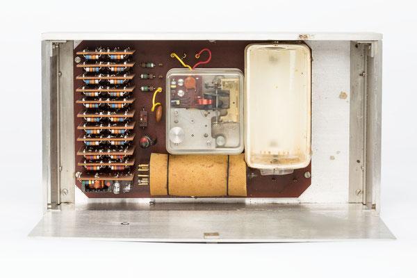 Junghans elektronic Astro-Chron, Quarzuhr im Weltzeitgehäuse, 1967, Nr. 00028, Uhrwerk
