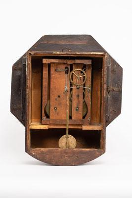 Camerer, Kuss & Co., Drop Dial Clock, 1876, Rückseite mit abgenommener Rückwand