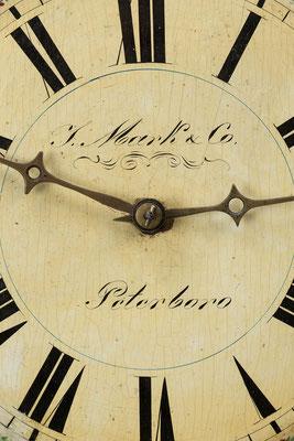 Rundrahmenuhr, Detail Signatur, Schwarzwald um 1850
