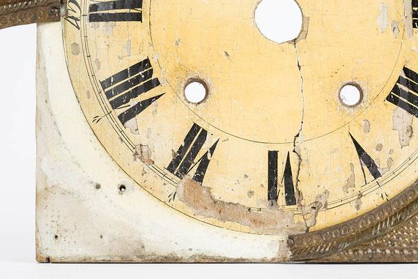 Detail Fassungsaufbau unter der Blechverzierung