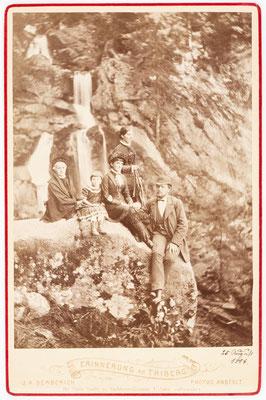 Historisches Familienfoto am Triberger Wasserfall, J. K. Berberich Triberg, 24. August 1884