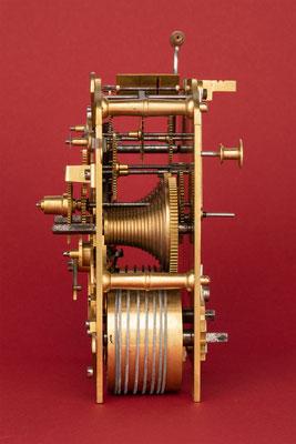 Rechenschlagwerk, Uhrmacher Anton Breger, Vöhrenbach im Schwarzwald um 1860, Seitenansicht von rechts