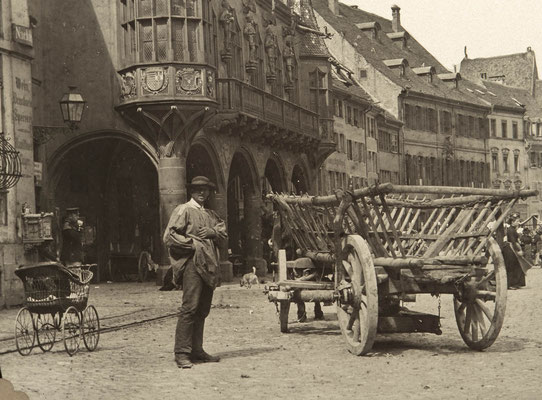 Detail - Historisches Kaufhaus am Münsterplatz in Freiburg um 1900