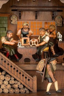 Schwarzwälder Uhrmacherwerkstatt: Blick in die Werkstatt