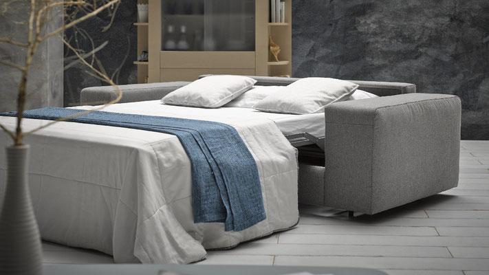 Sofas cama sistema italiano para apartamentos.