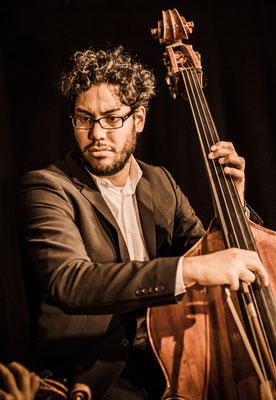 Johane González - http://www.bolivarsoloists.com, M24