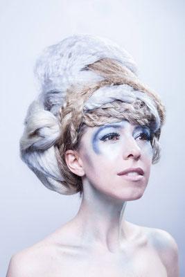 Coiffure & Maquillage: Eliane Michaud