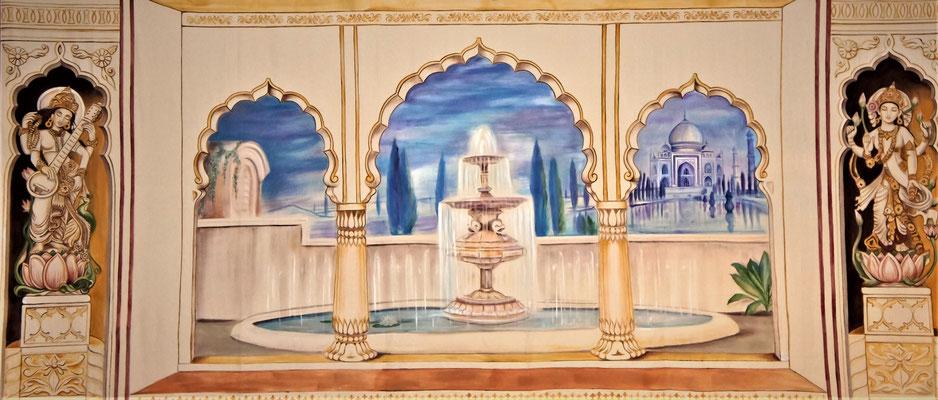 "Daniela Rutica, ""Taj Mahal"", 750 x 300 cm, Acryl/Bühnenmolton, 2011"