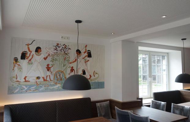 Fisch- und Vogeljagd, Wandmalerei im Gästehaus St. Markus von Daniela Rutica, 2018