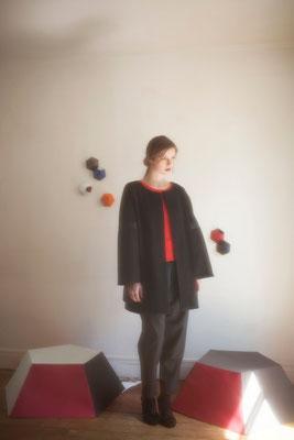 Hélios, manteau, 100% laine, 100% crêpe de laine, tissu technique - Collection Thalia - Jeanne Berre