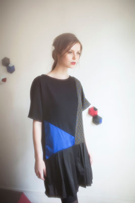 Orphée, robe, empiècements soie, sergé de coton, crêpe de laine - Collection Thalia - Jeanne Berre,