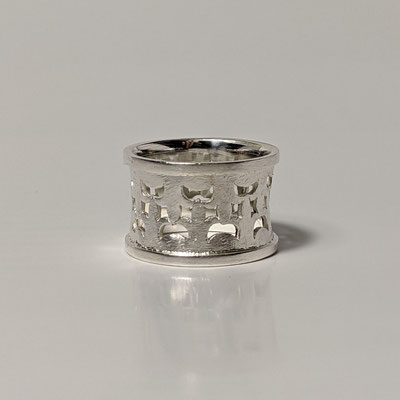 Ring 925 Silber, Ornament gesägt