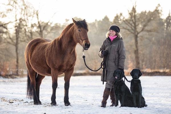 Maya und Ylvi mit Fanny und mir im Februar 2018