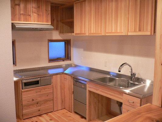 奥さんが設計したキッチン