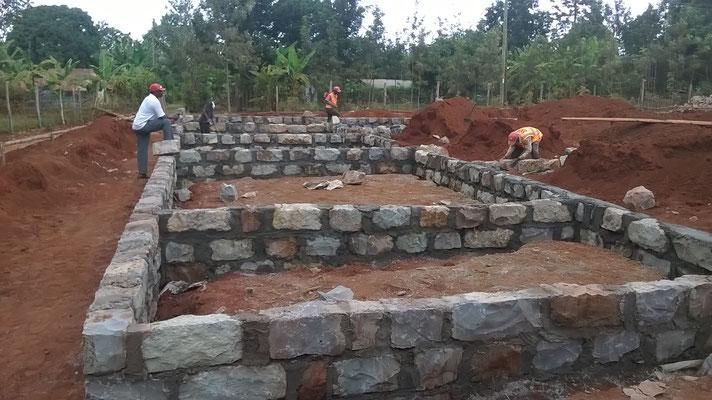 Die Fundamente sind gemauert...