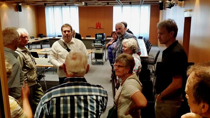 Im Sitzungsraum der Fach-Ausschüsse und anderer Sitzungen