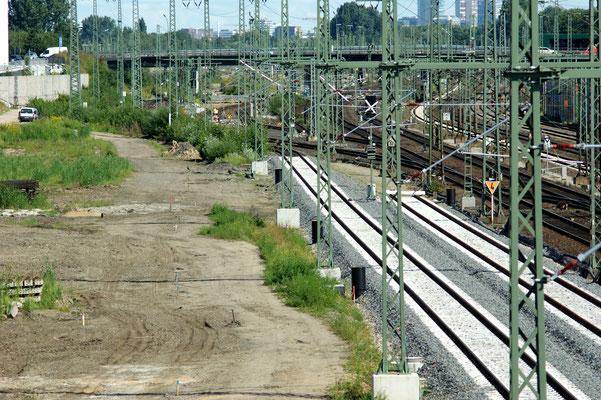 Anschluss der neuen Schienen an das alte Schienennetz