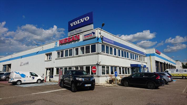 Netter Volvo Betrieb, der mich hätte laden lassen, aber leider streikte dann die Säule