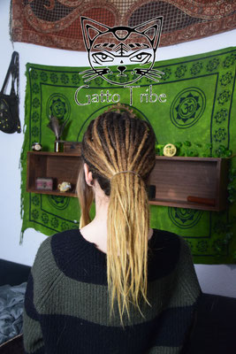 Dreaderstellung, neue Dreads in Berlin 040 (66 Dreads ohne Extensions)