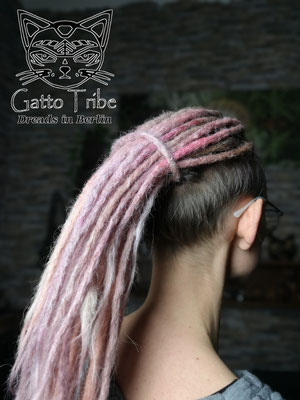 Dreaderstellung, neue Dreads in Berlin 066 ( 43 Dreads mit Extensions)
