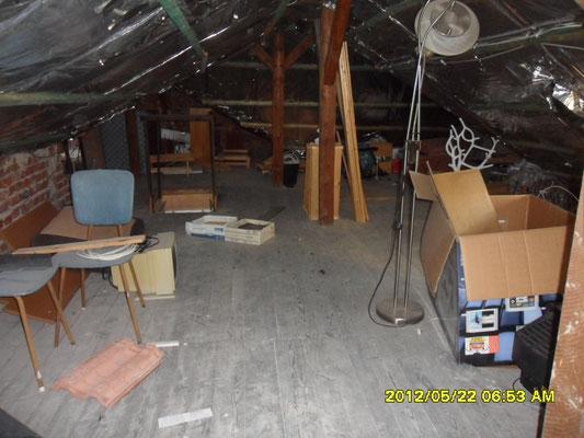 Dachboden Räumungen, Haushaltsauflösungen, Entrümpelung, Keller Räumungen