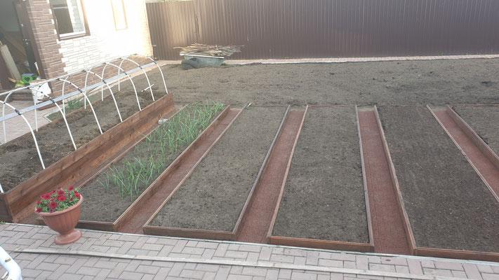 резиновая дорожка gummi для дачи сада огорода между грядок