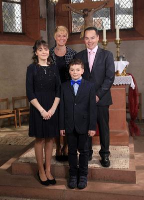Konfirmation Ebsdorf: Familienfoto