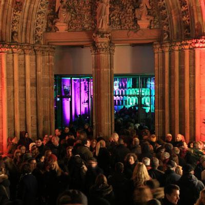 Marburg b(u)y night - Rappelvoll wie hier an der Elisabeth-Kirche war es an den meisten Highlights
