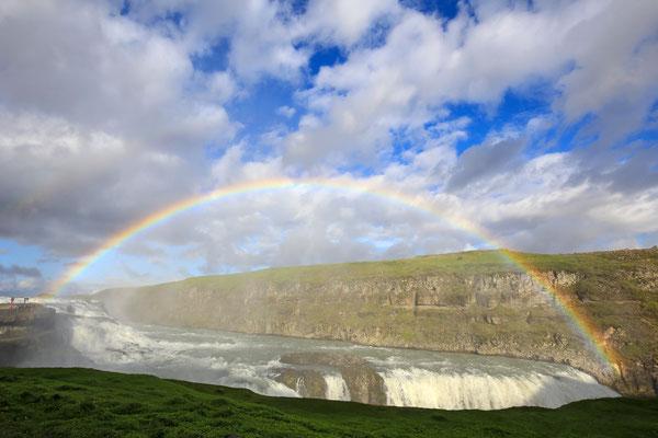Regenbogen über dem Gulfoss