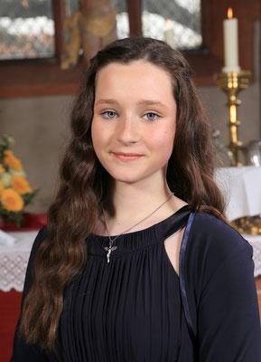 Konfirmation Ebsdorf: Porträt Lisa Marie